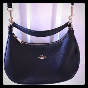 Coach Harley East/West Hobo in Pebble Leather